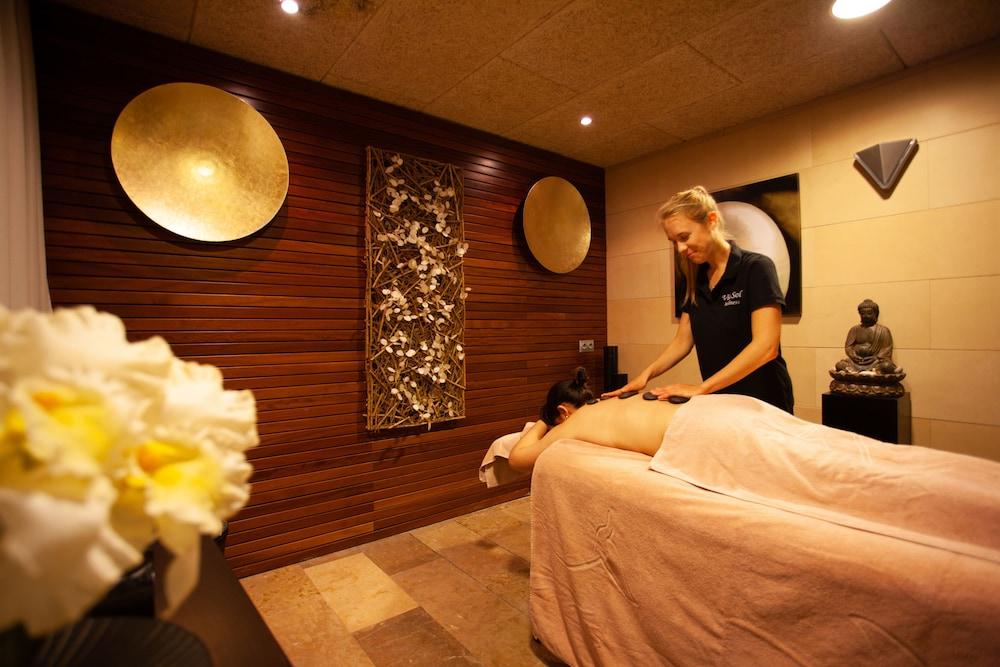 그루포텔 플라야 데 팔마 수이테스 앤드 스파(Grupotel Playa de Palma Suites & Spa) Hotel Image 35 - Massage