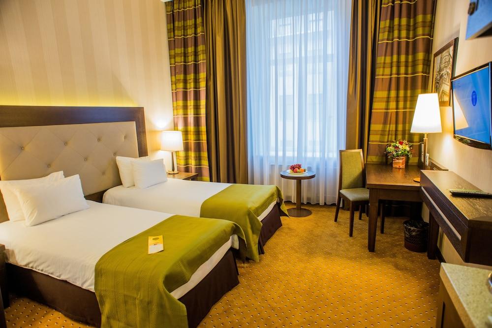 페트로 팰리스 호텔(Petro Palace Hotel) Hotel Image 10 - Guestroom