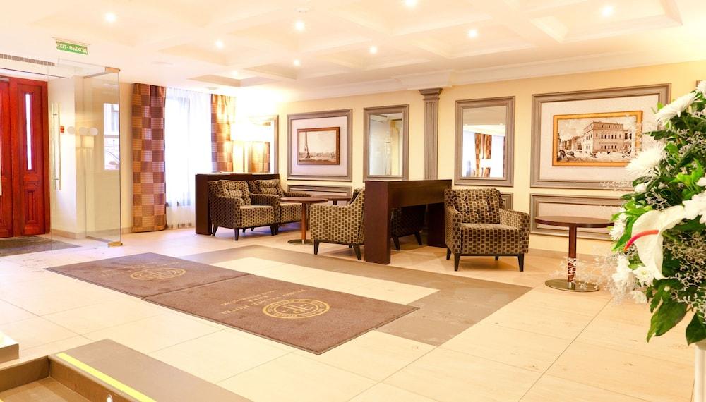 페트로 팰리스 호텔(Petro Palace Hotel) Hotel Image 1 - Lobby Sitting Area