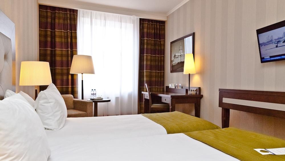 페트로 팰리스 호텔(Petro Palace Hotel) Hotel Image 8 - Guestroom