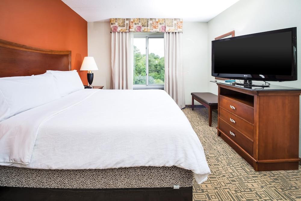 힐튼 가든 인 페이어트빌(Hilton Garden Inn Fayetteville) Hotel Image 6 - Guestroom