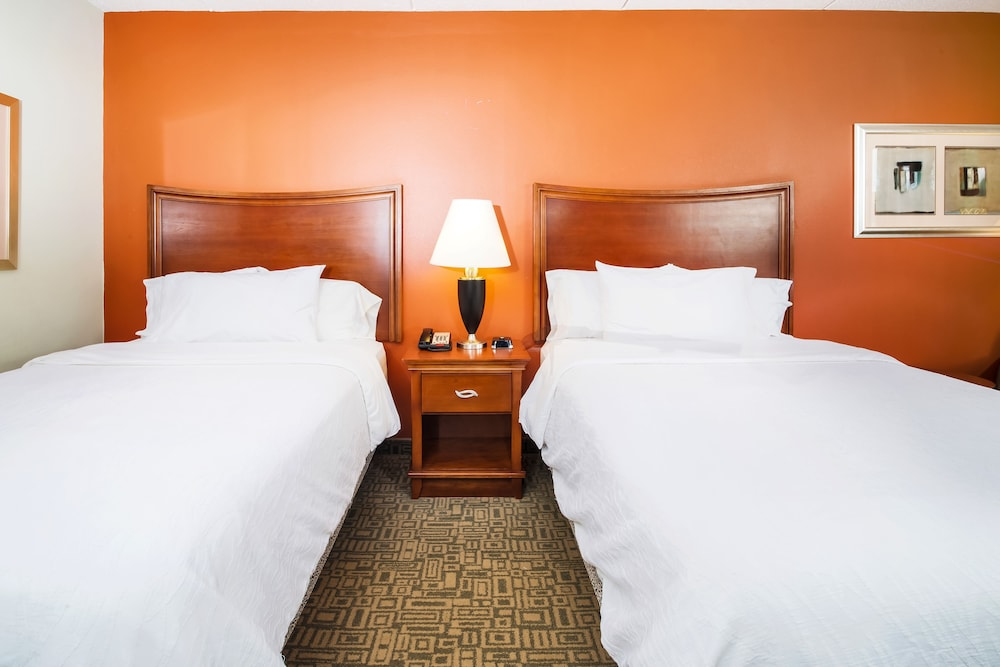 힐튼 가든 인 페이어트빌(Hilton Garden Inn Fayetteville) Hotel Image 8 - Guestroom