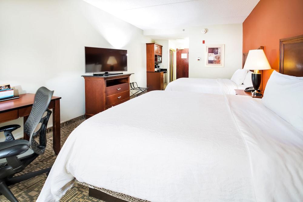 힐튼 가든 인 페이어트빌(Hilton Garden Inn Fayetteville) Hotel Image 11 - Guestroom