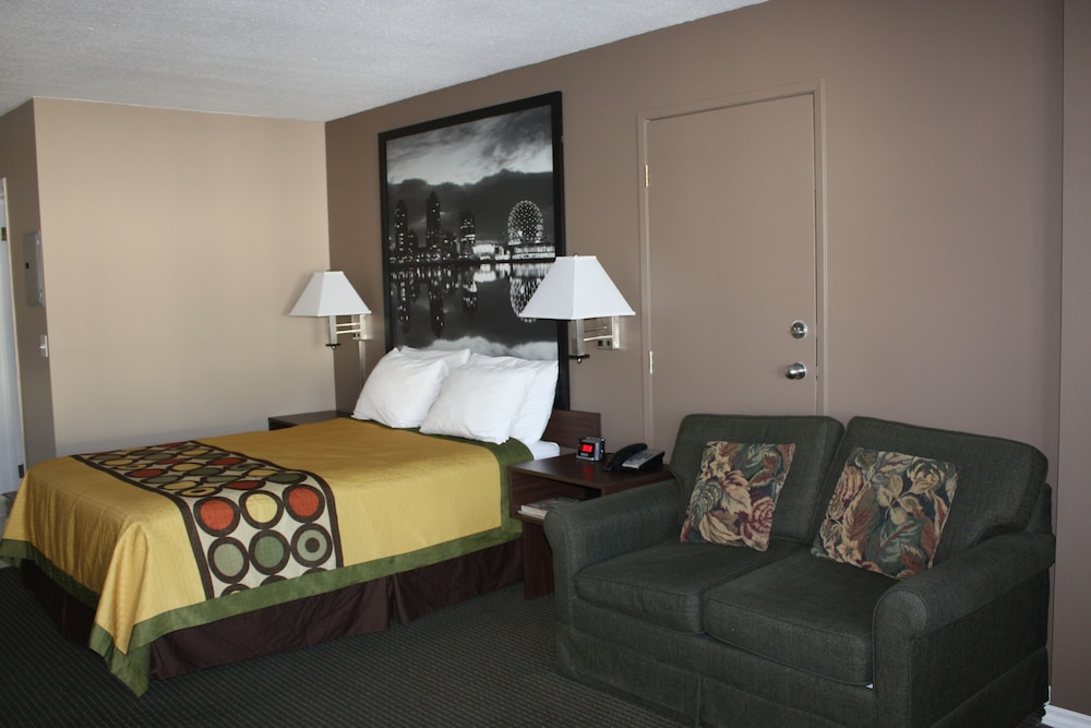수퍼 8 바이 윈덤 메리트 브리티시컬럼비아(Super 8 by Wyndham Merritt BC) Hotel Image 17 - Bathroom