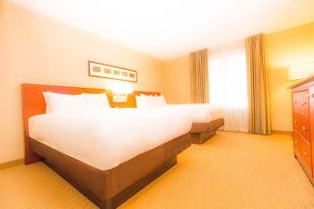 Guestroom at Embassy Suites by Hilton Washington D.C. – Convention Center in Washington