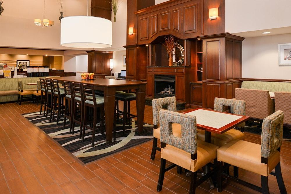 햄프턴 인 & 스위트 레이디 레이크/더 빌리지스(Hampton Inn & Suites Lady Lake / The Villages) Hotel Image 32 - Restaurant