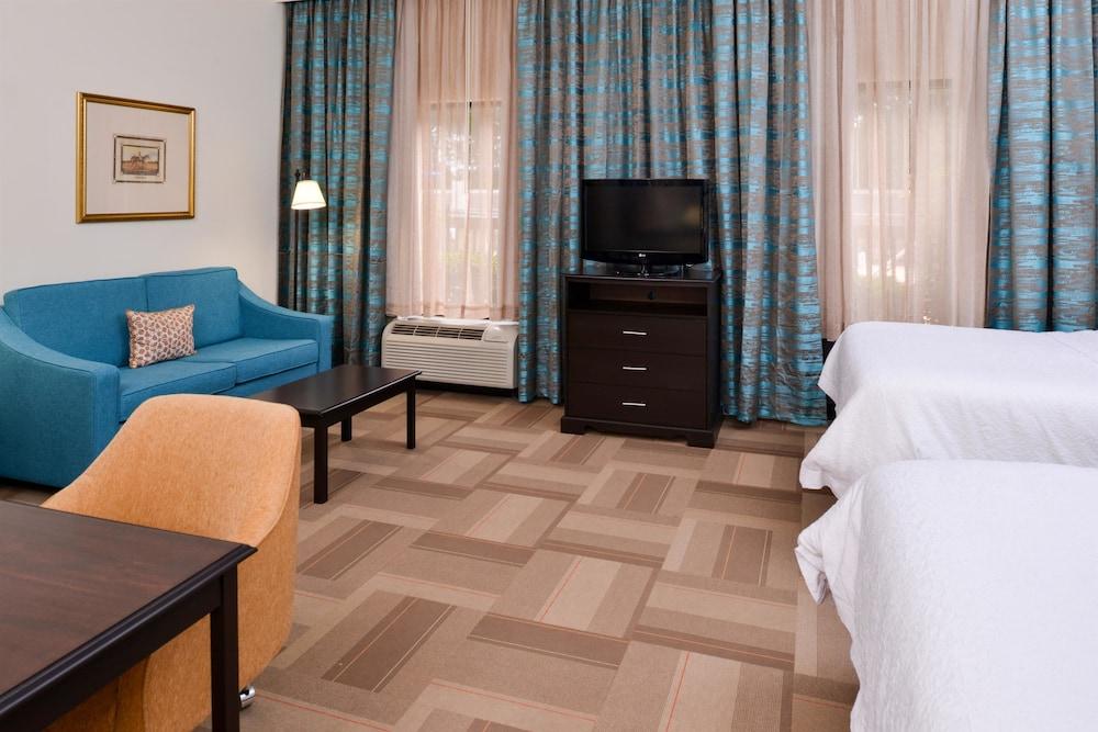 햄프턴 인 & 스위트 레이디 레이크/더 빌리지스(Hampton Inn & Suites Lady Lake / The Villages) Hotel Image 25 - Guestroom