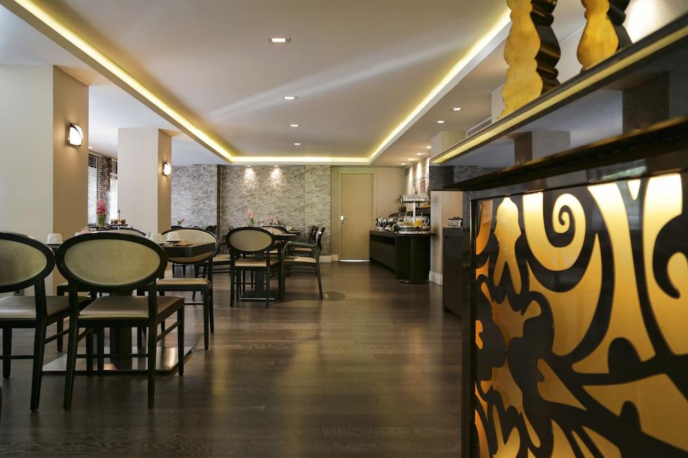 Y 호텔(The Y Hotel) Hotel Image 18 - Hotel Bar