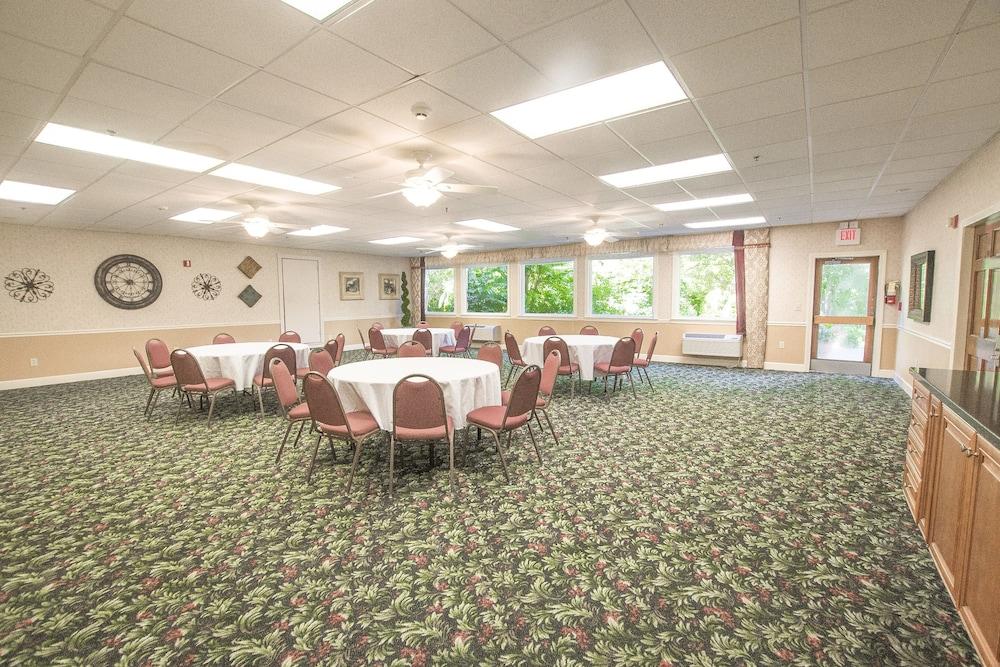 라마다 히아와시(Lake Chatuge Lodge) Hotel Image 33 - Meeting Facility