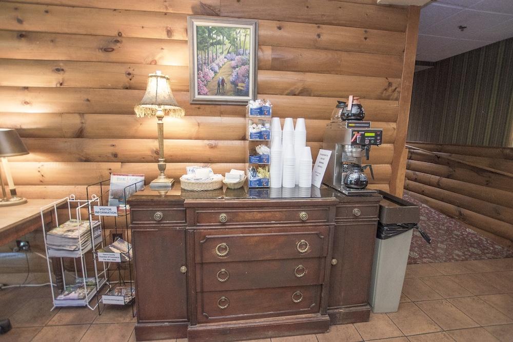 라마다 히아와시(Lake Chatuge Lodge) Hotel Image 30 - Coffee Service