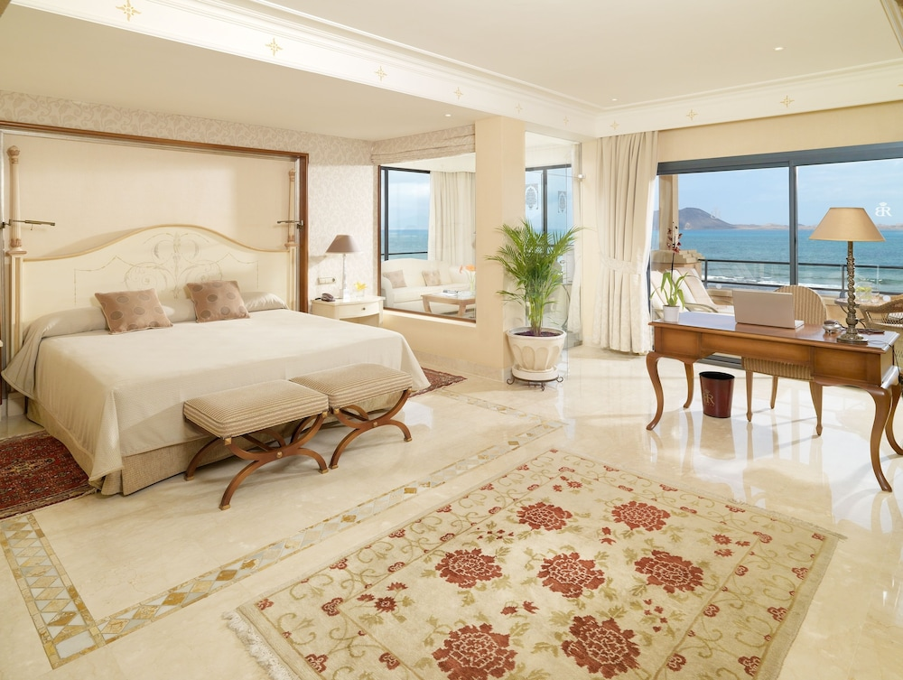 그란 호텔 아틀란티스 바이아 레알 G.L.(Gran Hotel Atlantis Bahia Real G.L.) Hotel Image 35 - Guestroom