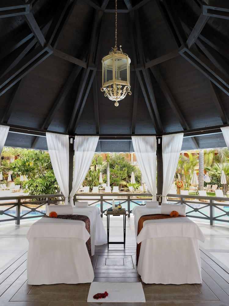 그란 호텔 아틀란티스 바이아 레알 G.L.(Gran Hotel Atlantis Bahia Real G.L.) Hotel Image 43 - Treatment Room