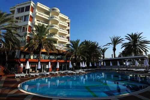 . Elegance Hotels International