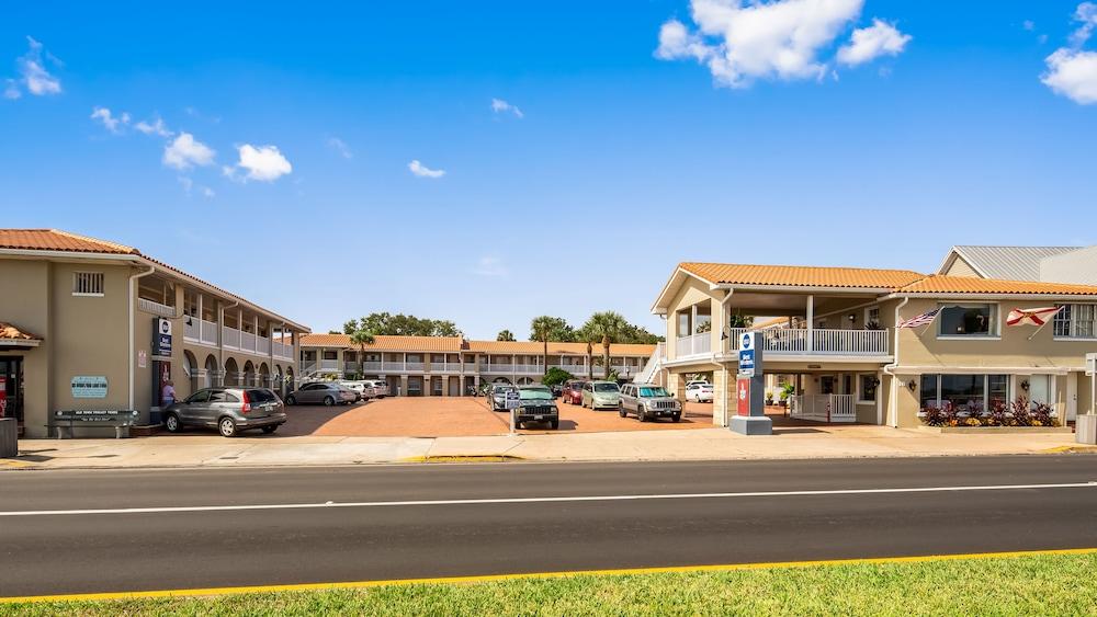 베스트 웨스턴 베이프론트(Best Western Bayfront) Hotel Image 11 - Exterior