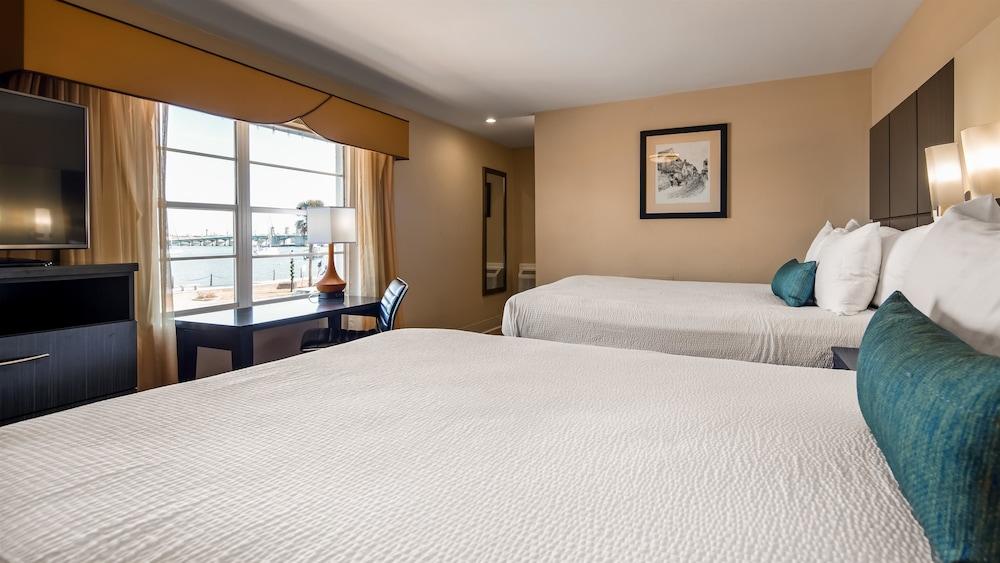 베스트 웨스턴 베이프론트(Best Western Bayfront) Hotel Image 8 - Guestroom