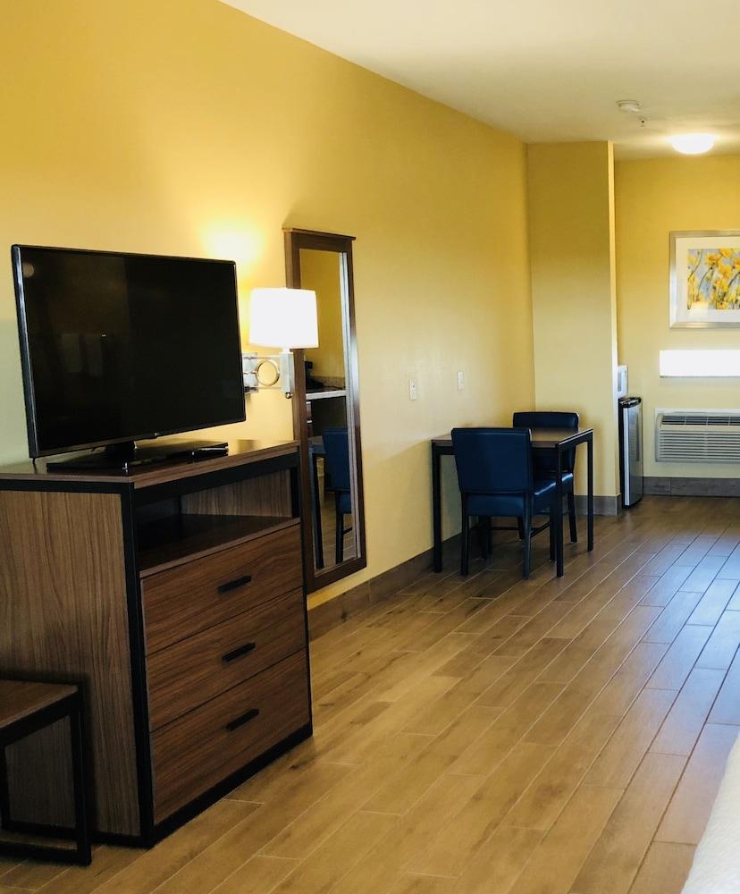 데이즈 인 바이 윈덤 포트 애런사스 텍사스(Days Inn by Wyndham Port Aransas TX) Hotel Image 20 - Guestroom View