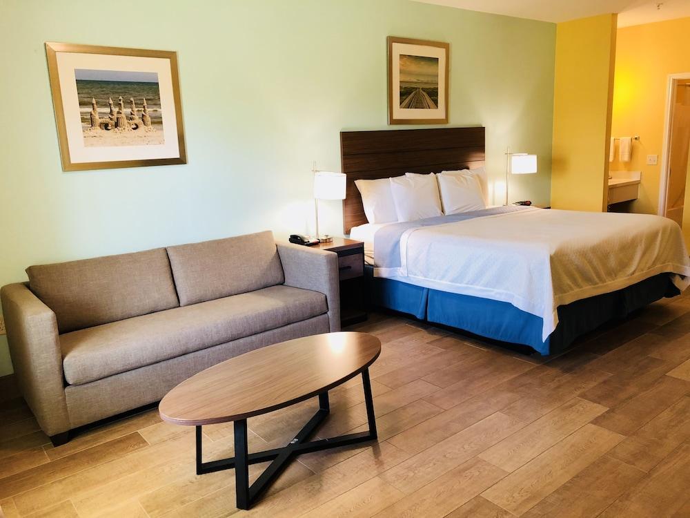 데이즈 인 바이 윈덤 포트 애런사스 텍사스(Days Inn by Wyndham Port Aransas TX) Hotel Image 17 - Guestroom View