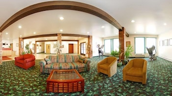 퀄리티 인 헬레나(Quality Inn Helena) Hotel Image 2 - Lobby Sitting Area