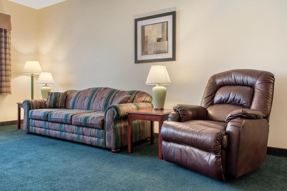 퀄리티 인 헬레나(Quality Inn Helena) Hotel Image 15 - Guestroom