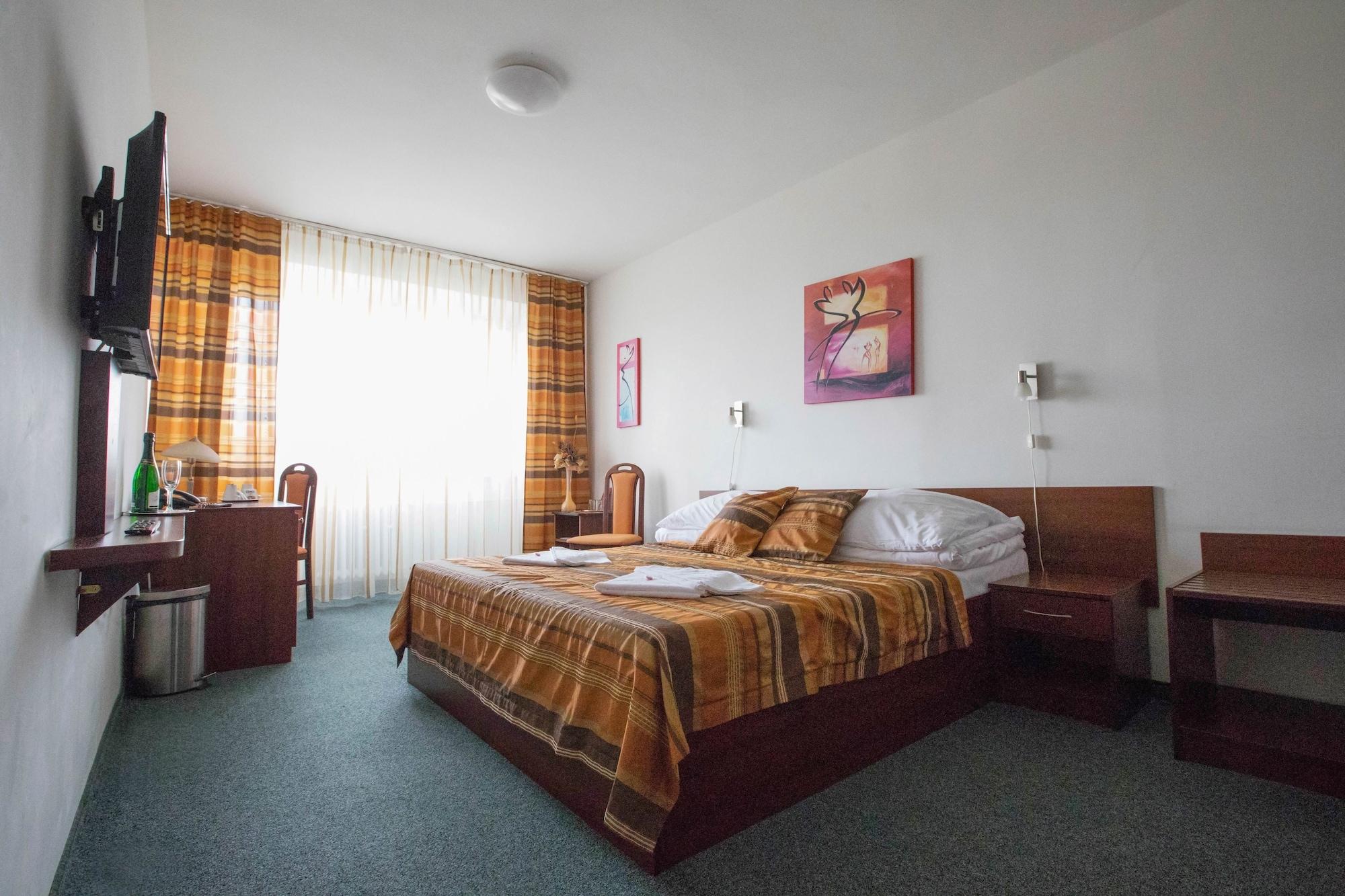 Hotel Baronka, Bratislava III