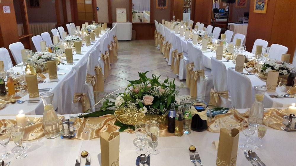 호텔 바론카(Hotel Baronka) Hotel Image 30 - Restaurant