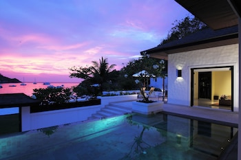 Grand Pool Suite Beachfront (Compulsory round trip boat pay at hotel)
