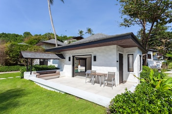 Grand Deluxe Pool Villa with Partial Seaview (Compulsory round trip boat pay at hotel)