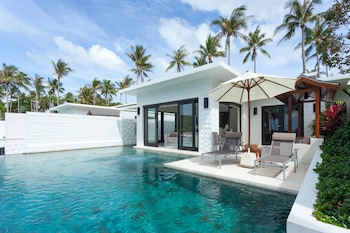 2 Bedroom Grand Pool Suite (Compulsory round trip boat pay at hotel)