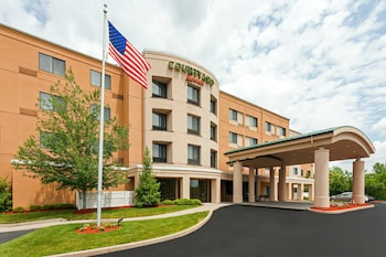 Hotel - Courtyard By Marriott Farmington