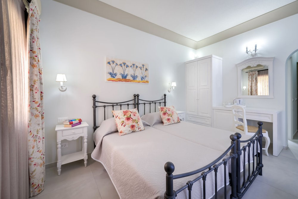 호텔 제피로스(Hotel Zephyros) Hotel Image 14 - Guestroom