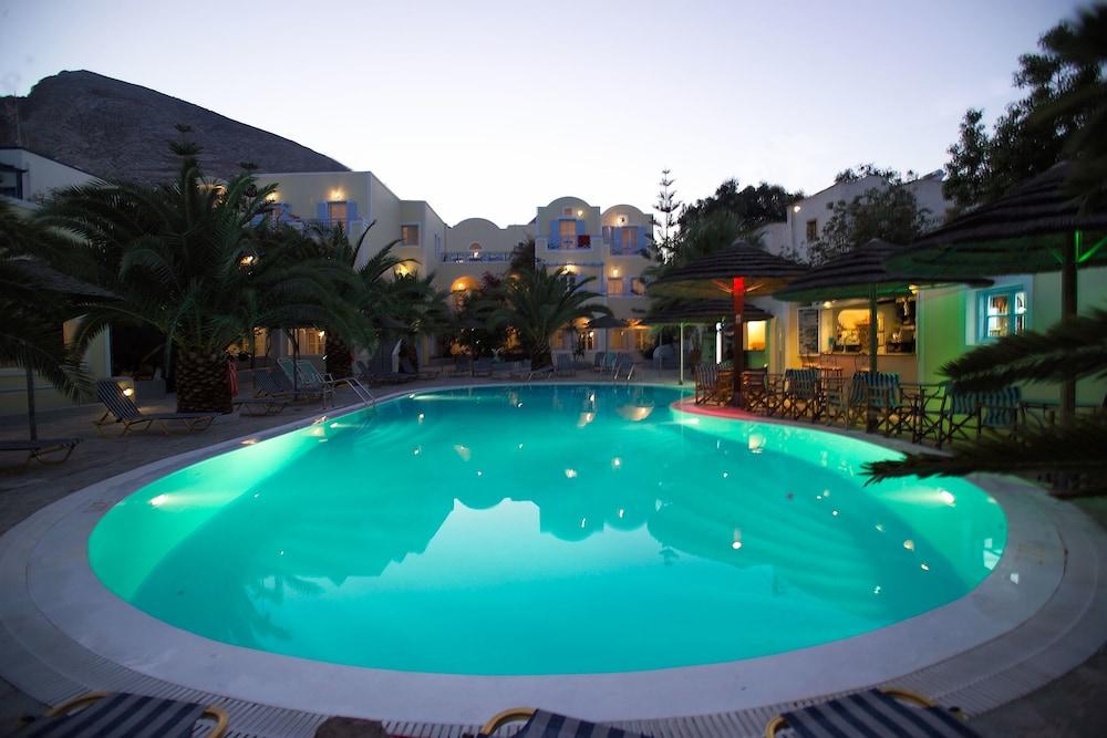 호텔 제피로스(Hotel Zephyros) Hotel Image 65 - Outdoor Pool