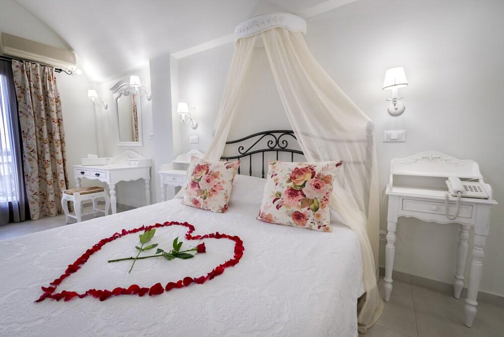 호텔 제피로스(Hotel Zephyros) Hotel Image 24 - Guestroom