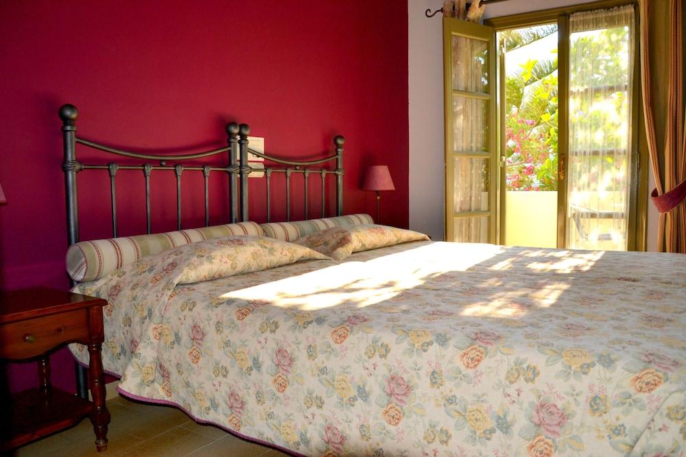 호텔 제피로스(Hotel Zephyros) Hotel Image 9 - Guestroom