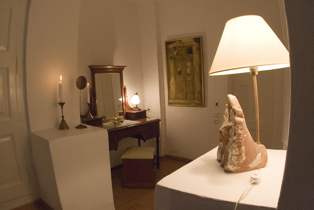 헬리오토포스 호텔(Heliotopos Hotel) Hotel Image 34 - In-Room Amenity
