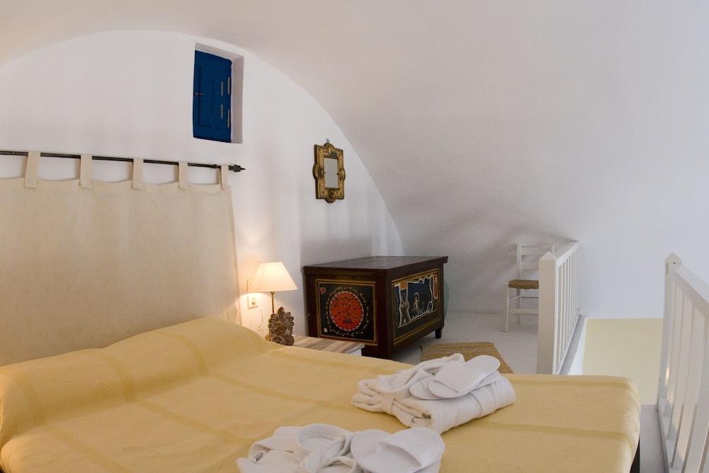 헬리오토포스 호텔(Heliotopos Hotel) Hotel Image 2 - Guestroom