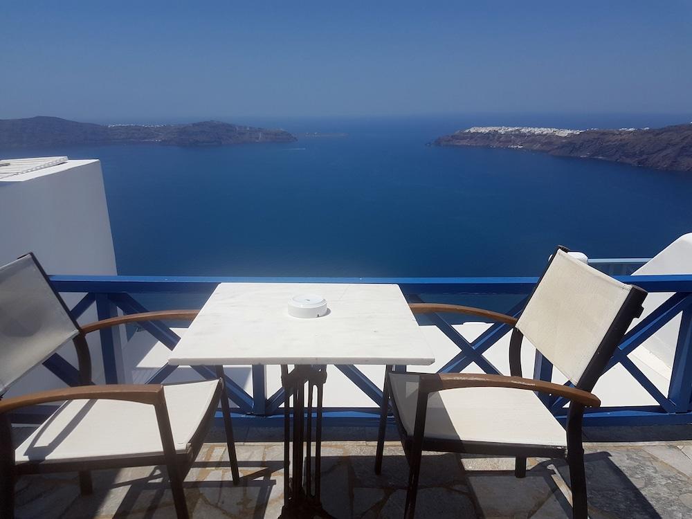 헬리오토포스 호텔(Heliotopos Hotel) Hotel Image 1 - Balcony View