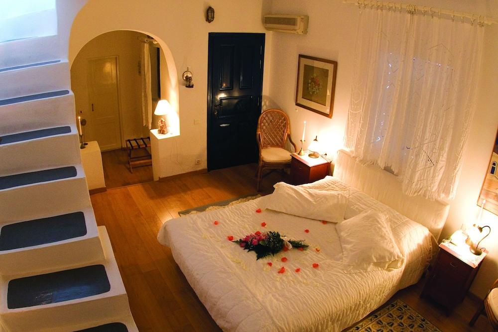 헬리오토포스 호텔(Heliotopos Hotel) Hotel Image 3 - Guestroom