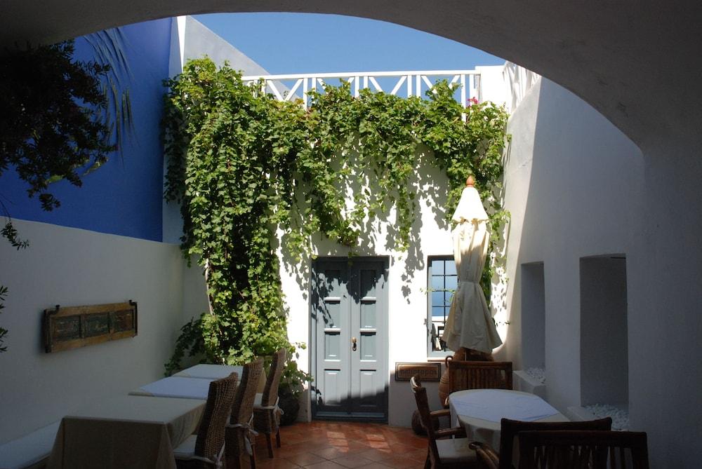 헬리오토포스 호텔(Heliotopos Hotel) Hotel Image 42 - Breakfast Area