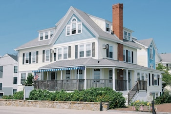 Hotel - The Beach House Inn