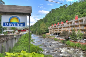 Hotel - Days Inn by Wyndham Gatlinburg On The River