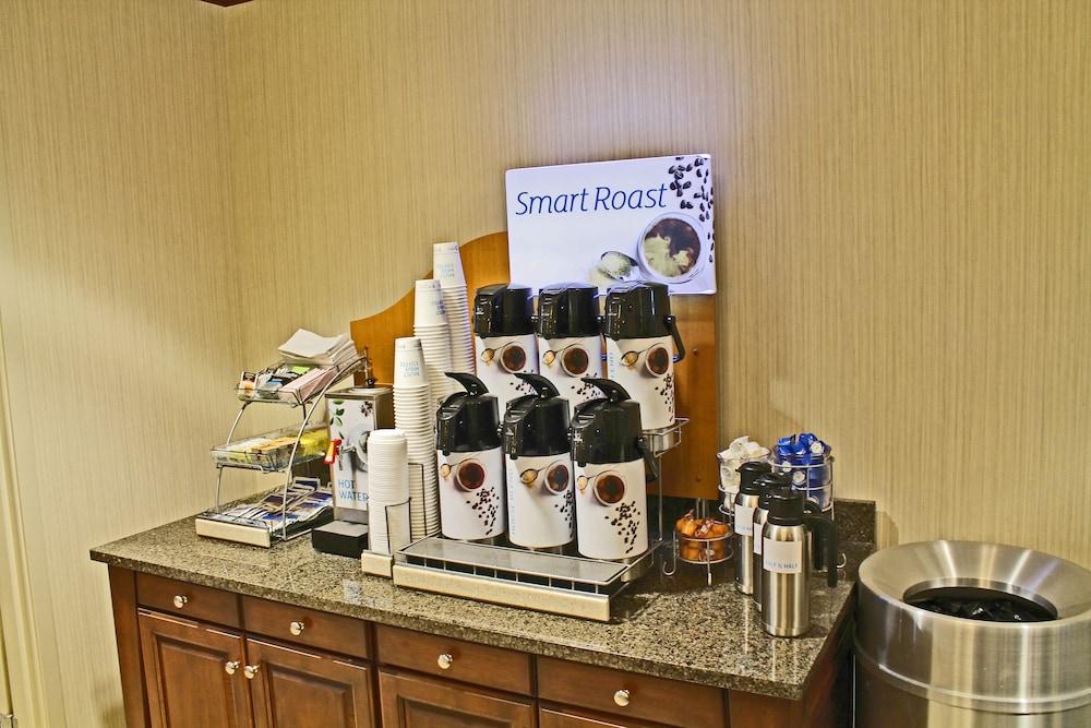 홀리데이 인 익스프레스 호텔 & 스위트 케이프 지라도 I-55(Holiday Inn Express Hotel & Suites Cape Girardeau I-55) Hotel Image 15 - In-Room Amenity