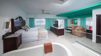 Suite, Ocean View - Newly Renovated
