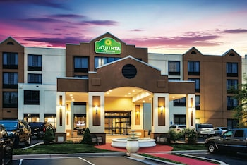 Hotel - La Quinta Inn & Suites by Wyndham Newark - Elkton