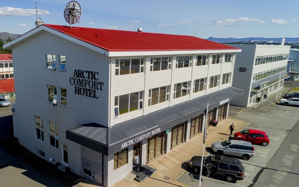 Arctic Comfort Hotel, Featured Image
