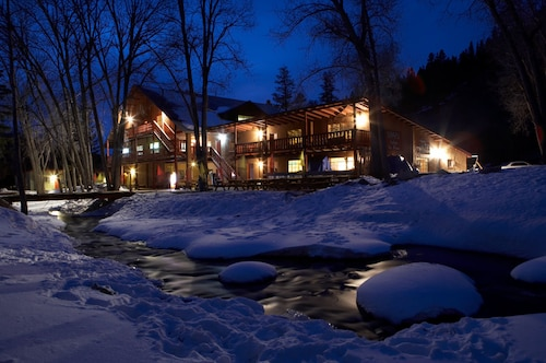 __{offers.Best_flights}__ Sipapu Ski and Summer Resort