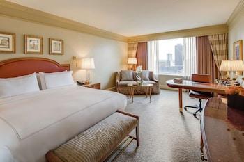 印地安納波利斯港麗飯店