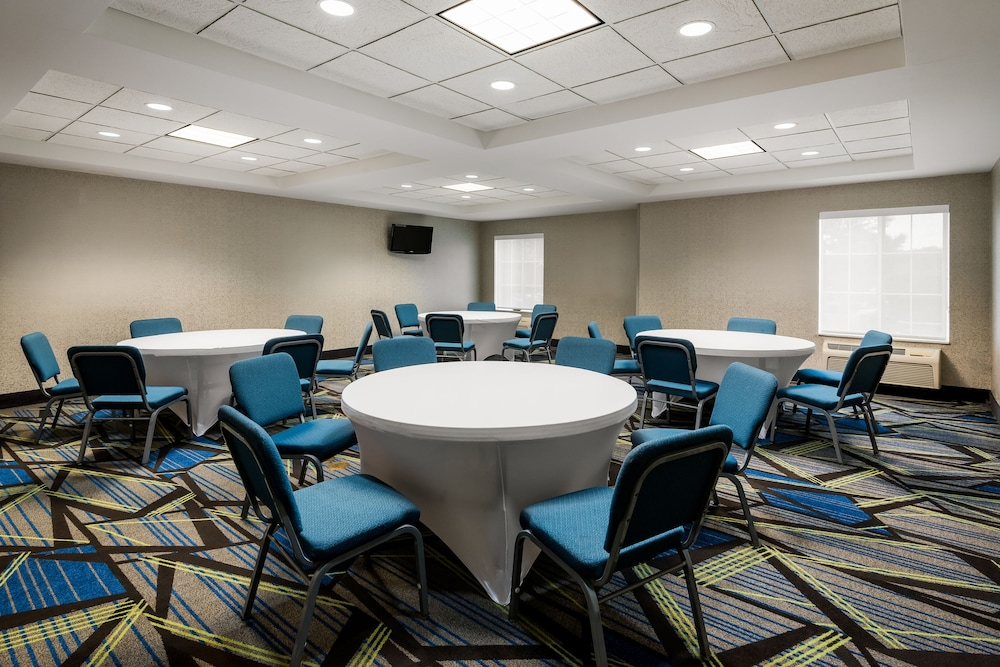 홀리데이 인 익스프레스 개스토니아(Holiday Inn Express Gastonia) Hotel Image 19 - Meeting Facility
