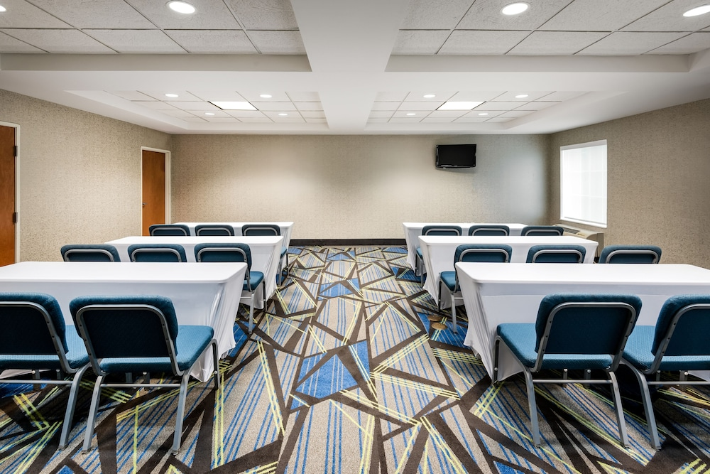 홀리데이 인 익스프레스 개스토니아(Holiday Inn Express Gastonia) Hotel Image 21 - Meeting Facility