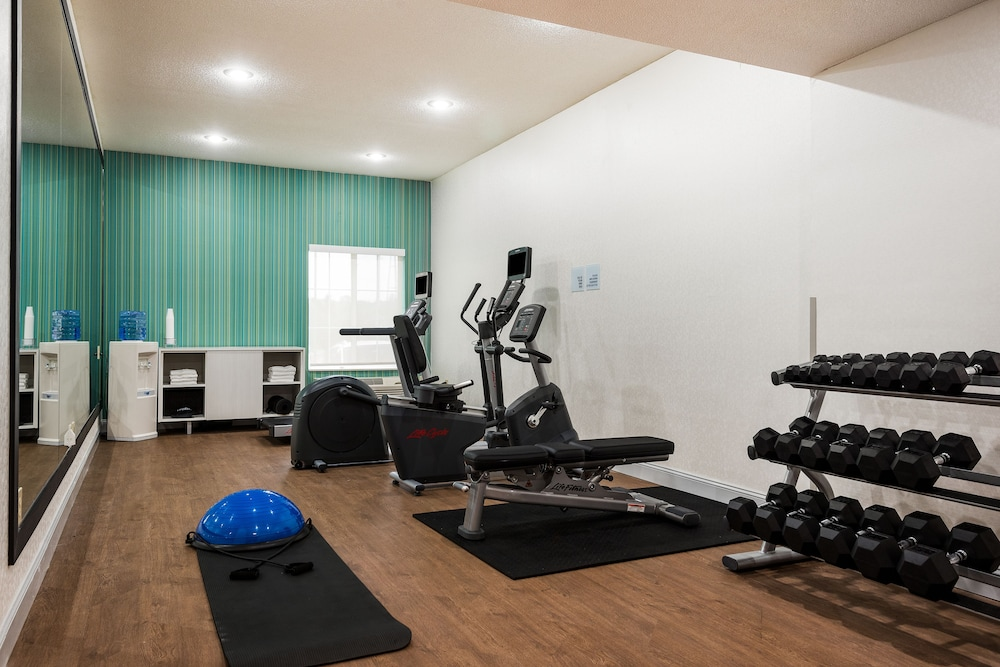 홀리데이 인 익스프레스 개스토니아(Holiday Inn Express Gastonia) Hotel Image 12 - Fitness Facility