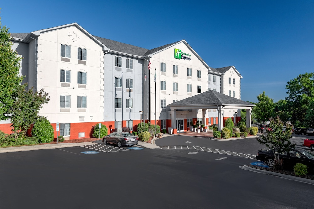 홀리데이 인 익스프레스 개스토니아(Holiday Inn Express Gastonia) Hotel Image 0 - Featured Image